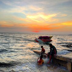 Lovely sunset at Jomtien Beach,Pattaya #Thailand #travel #myjourney