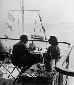 Le restaurant de l'hôtel Eden Roc au Cap d'Antibes en 1948