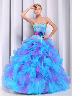 Mermaid Womens Wedding Dress Color Sky Blue Size 16 * Learn more by visiting the image link. (This is an affiliate link) Long Sleeve Formal Gowns, Formal Dresses, Quinceanera Dresses, Homecoming Dresses, Peacock Wedding Colors, Color Celeste, Glamour, Colored Wedding Dresses, Pretty Dresses