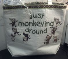 Front of Monkeying around tote