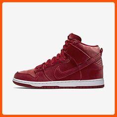 online retailer 601d9 f8f14 Nike Men s Dunk High Premium SB Skate Shoe (5 D(M) US,