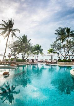 Chaweng Regent Beach Resort, Chaweng Beach – opdaterede priser for 2018 Beach Hotels, Beach Resorts, Koh Samui Thailand, Spa, Romantic Places, Outdoor Pool, Strand, The Good Place, Explore