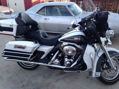 2008 Harley-Davidson ULTRA CLASSIC ELECTRA GLIDE Touring , White & Black, 13,269 miles for sale in yucca valley, CA