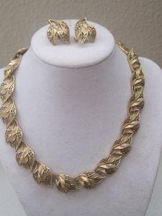 Vintage Signed CROWN TRIFARI Gold Necklace by LunasVintageDesigns, $80.00