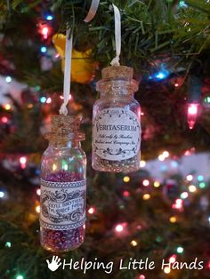 DIY Harry Potter Potions Ornaments. I know, I know. But they're so cute :)