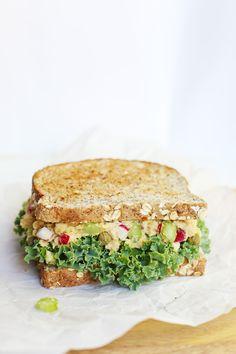 """Eggsalad"" chickpea sandwich, vegan, Fablunch recipe"