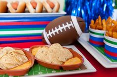 Super Bowl Football Party Ideas. Nachos #Superbowl