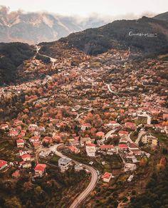 Η φθινοπωρινή Ελλάδα μέσα από 26 υπέροχα τοπία! Mountain Village, Grand Canyon, Greece, Nature, Travel, Landscapes, Greece Country, Paisajes, Naturaleza
