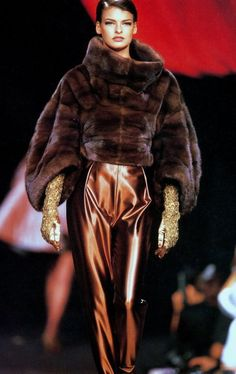 lexeecouture:  Linda Lanvin haute couture  Love Linda in this - Looks like Sable fur from Lanvin