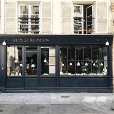 Alix D. Reynis Paris