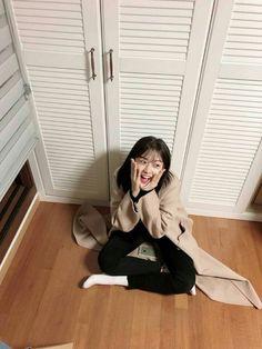IZONE Yujin Kpop Girl Groups, Kpop Girls, Kim Kai, Kim Doyeon, Secret Song, Yu Jin, Famous Girls, Recent Events, The Most Beautiful Girl