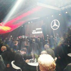 Volles Haus bei der Daimler PK by dondahlmann
