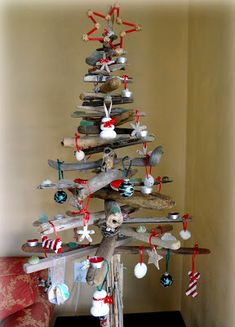 42 Christmas tree ideas from log and branches