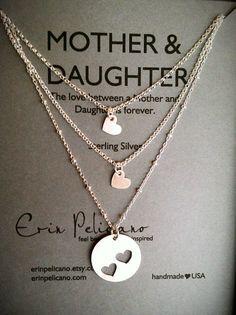 composição de pingentes em formato de coração - Selected for this board by larabellajewelry.com