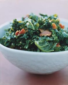 It is nearly impossible to be a vegetarian around the holidays. Take this Kale and Garlic Bacon Salad for instance. Delectable! #greypoupon