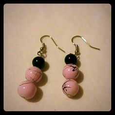Earings Black and pink bead earings Jewelry Earrings