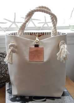 Canvas Tote Bag with Starfish on Leather – Canvas Handbag – Rope Handles Canvas Tote Bag mit Seestern auf Leder – Canvas Handtasche – Rope Griffe Canvas Handbags, Tote Handbags, Purses And Handbags, Canvas Tote Bags, Leather Handbags, Canvas Totes, Canvas Purse, Tote Purse, Leather Purses