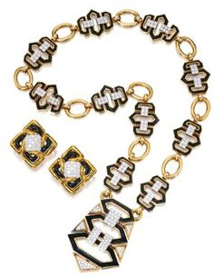 You know, I really try to keep an open mind about David Webb but his stuff is either consistently ugly or consistently couture enough to make my teeth ache. You could probably get a costume necklace exactly like this for five bucks at a flea market or Odd http://getfreecharcoaltoothpaste.tumblr.com