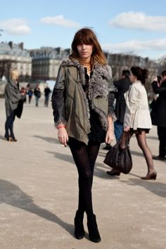The most amazing Balenciaga jacket of my dreams. Paris Fashion, New Fashion, Womens Fashion, Her Style, Cool Style, Balenciaga Jacket, We Wear, How To Wear, Lou Doillon