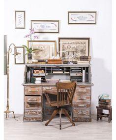 Escritorio Buró Antiguo   #mueblesbaratos #mueblesrebajados #muebleseconomicos #sale #rebajas #descuento #decoracion #casa #interior #interiores #design #liquidacion #outled #saldillo #mueblessegundamano #diy #mueblesantiguos #mueblesvintage #mueblesdemadera #mueblesreciclados Ideas Recibidor, Drafting Desk, Chalk Paint, Home Office, Home Furniture, Study, Living Room, Bedroom, Interiores Design
