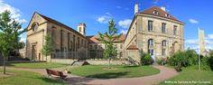 L'abbaye de Corbigny, un espace historique dédié à la création artistique appelé Abéïcité !