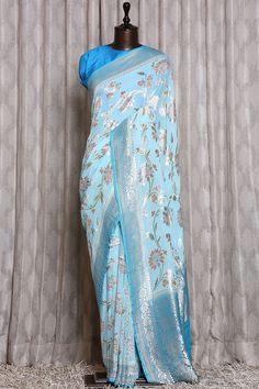Saree Tassels Designs, Silk Saree Blouse Designs, Saree Blouse Patterns, Chiffon Saree, Georgette Sarees, Lehenga Saree Design, Dress Suits For Men, Wedding Saree Blouse, Sari Design