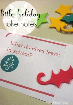Make your kids' lunches a little more fun and a lot more festive with these holiday notes and jokes. These cute little lunchbox notes for kids make lunch time at school that much more fun! #teachmama #lunch #school #festive #holiday #christmas #kidsactivities #merrychristmas #kids #notes #jokes