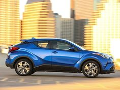 2018 Toyota C-HR Road Test and Review | Autobytel.com
