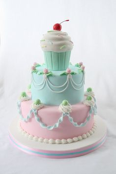 cake and cake  ❥ http://pinterest.com/martablasco/