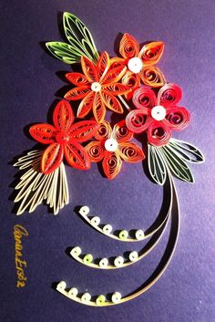 Quilling. Red flowers by Canan Ersöz.