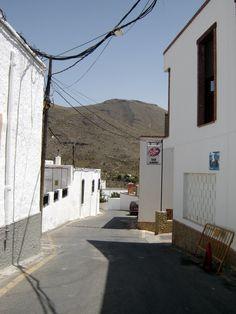 Enix, Almería © Robert Bovington 3 Aug 2011
