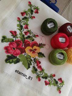 Baby Dress Patterns, Baby Knitting Patterns, Butterfly Cross Stitch, Blouse Designs, Cross Stitch Patterns, Crafts, Cute Cross Stitch, Cross Stitch Embroidery, Throw Pillows