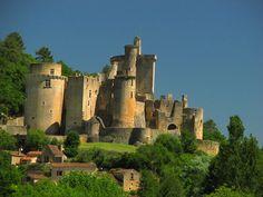 castles Medieval | castelnau bretenoux castle midi pyrénées montbrun castle limousin