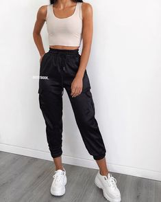 Summer Outfits - Amazing Summer Outfits to Copy Now - Outfit Ideen - Modetrends Black Summer Outfits, Summer Outfits Women Over 40, Modest Summer Outfits, Summer Outfit For Teen Girls, Casual Summer Outfits, Cute Outfits, Amazing Outfits, Winter Outfits, Classy Outfits