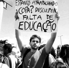POR UM MUNDO COM EDUCAÇÃO