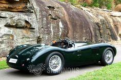 Vintage Cars Classic Jaguar C-Type Vintage Sports Cars, British Sports Cars, Classic Sports Cars, Best Classic Cars, Vintage Cars, Jaguar C Type, Lamborghini, Ferrari, Bugatti