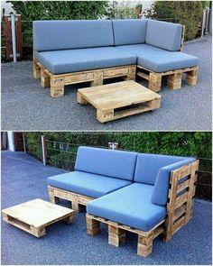 sofá de pallet azul