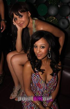 Tia Mowry and Tamera Mowry Hottest Female Celebrities, Celebs, Beautiful Black Women, Beautiful People, Tia And Tamera Mowry, Black Sistas, Black Actresses, Famous Black, Good Looking Women