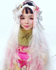目ぇと目ぇの間が離れてる👀と言われます。確かに1.3コ分くらいは離れてるモンスター顔です👻  #kimono #fashion #キモノ #きもの #着物