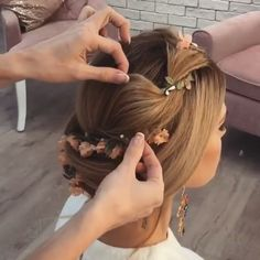 Tag your friends! To watch MORE VIDEOS FOLLOW @VideosFashions Marque os amigos! Para assistir MAIS VIDEOS SIGA @VideosFashions... ❤️By @ulyana.aster  _ #art #food #love #hairstylist #haircut #hairstyle #makeup #makeupartist #foodporn #nails #nailart #nailpolish #beauty #instabeauty #fashion #anastasiabeverlyhills #fashionista #diy #pizza #unhas #maquiagem #cabelo #followme #vegas #creative #inspiration #chocolate #instagram #nature #colorful