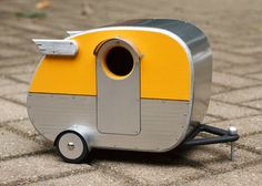 Vintage Camper Birdhouse by jumahl on Etsy - The cutest birdhouse I have EVER seen!!!!!!! Must Have!!!