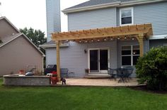 Pergola and Patio Combination in Mundelein, IL by Archadeck of Chicagoland