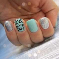 Mint nails with sparkle and leopard print