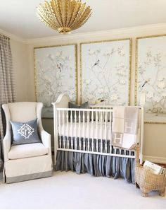The sweetest little nursery there ever was. The post The sweetest little nursery there ever was. appeared first on kinderzimmer. Baby Nursery Wallpaper, Framed Wallpaper, Wallpaper Panels, Trendy Wallpaper, Nursery Design, Nursery Decor, Girl Nursery, Girl Room, Baby Blue Nursery