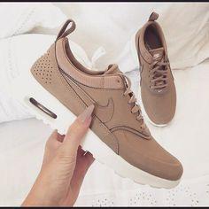 Beautiful Sneakers 4 U | Vansy damskie, Obuwie i Buty