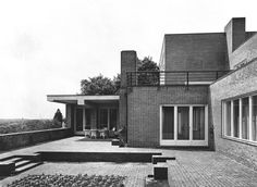 Casa Wolf en 1926 por Ludwig Mies van der Rohe.