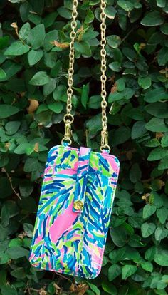 Lilly pulitzer crossbody phone case in palm reader lilly pulitzer bags, . Lilly Pulitzer Bags, Lily Pulitzer, Preppy Handbook, Cute Wallets, Tablets, Cute Phone Cases, Sweet Dress, Preppy Style, Cell Phone Accessories