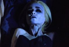 Arrow Recap: Wigging Out - http://www.hollywoodfame.com/arrow-recap-wigging-out.html