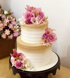Blush Wedding Cakes, Mini Wedding Cakes, Elegant Wedding Cakes, Wedding Cake Designs, Birthday Cake Roses, Butterfly Birthday Cakes, Elegant Birthday Cakes, Creative Cake Decorating, Birthday Cake Decorating