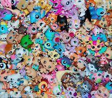 Littlest Pet Shop LPS 10 PETS 2 ACCESSORIES Surprise Grab Bag Random Lot Dog Cat Lps, Little Pet Shop, Never Grow Up, Grab Bags, Dog Cat, Creatures, Horses, Cartoon, Drawings
